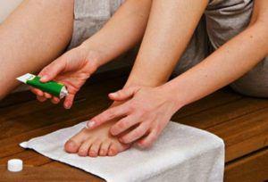 Как избавиться от грибка в ванной комнате подручными средствами