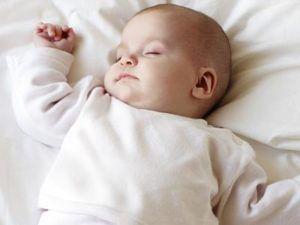Почему появляется молочница у грудничка