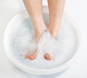 Сода от грибка ногтей на ногах